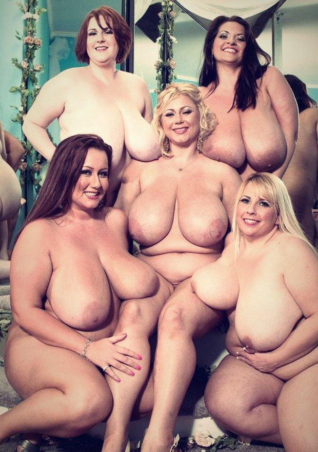 Ronde nue et bonnes grosses cochonnes