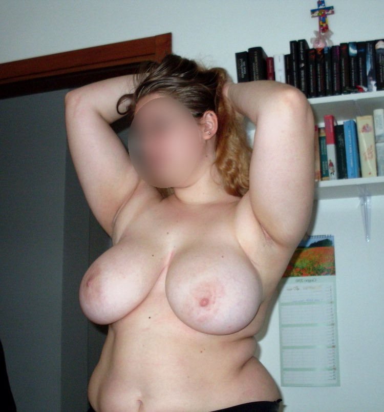 La plus belles des femmes rondes nues